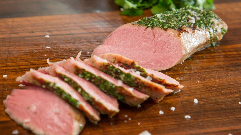 Daging babi, makanan pembawa keberuntungan di Tahun Baru