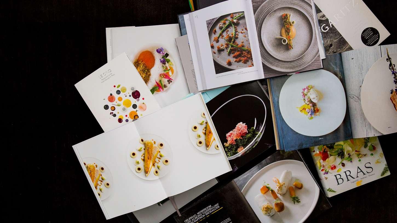 Table Haute Cuisine Alinea books that inspire: plating   chefsteps